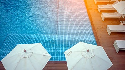 Help for Hotels: Keep Bugs Away from Outdoor Areas